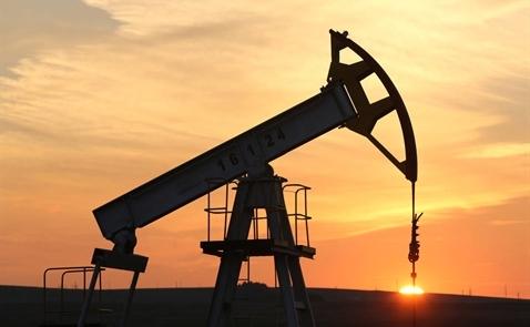 Giá dầu lên mức 70USD/thùng lần đầu trong 3 năm