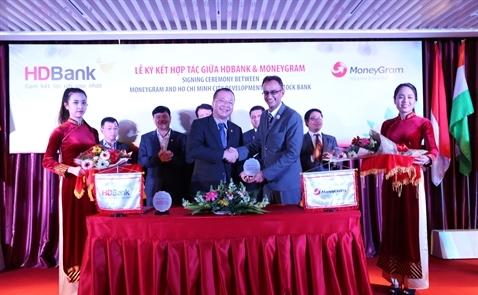 HDBank hợp tác với MoneyGram