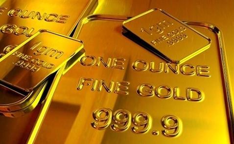 Mỹ gặp khó, vàng lên đỉnh