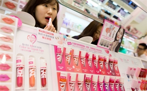 Ngành công nghiệp mỹ phẩm Hàn Quốc đang gặp khó
