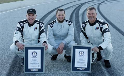 BMW lập 2 kỷ lục Guinness khi drift liên tục 374km trong 8 giờ