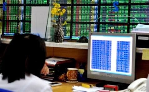 Chứng khoán ngày 27.2: Nhà đầu tư lướt sóng nên xem xét chốt lời