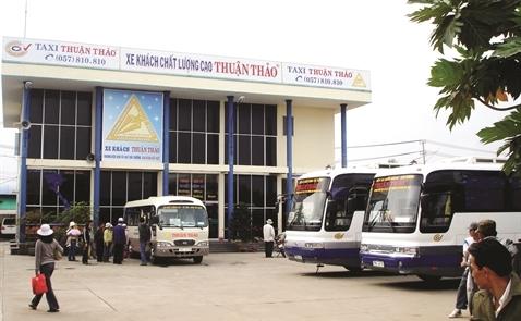 Thuận Thảo trượt chân