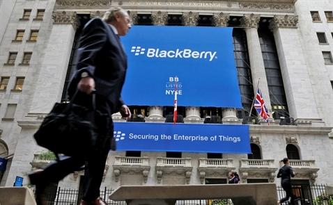 Sắp hết thời, BlackBerry kiện tụng khắp nơi để kiếm tiền?