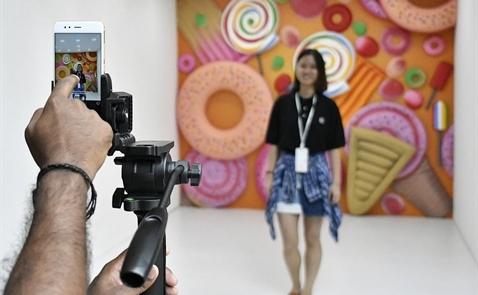 Vì sao các hãng điện thoại Trung Quốc áp đảo Apple ở châu Á?