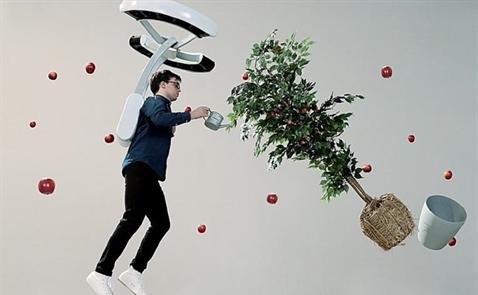 Sinh viên Đại học Tokyo phát triển balô giúp con người lơ lửng trên không