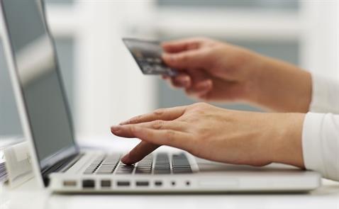 Sở hữu Galaxy S9 mỗi tuần khi giao dịch bằng thẻ tín dụng HSBC