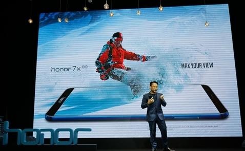 Honor chạy đua vào Top 3 điện thoại bán chạy tại Việt Nam