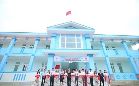Chubb Life trao tặng trường học mới tại Quảng Bình