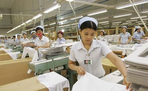 Bloomberg: Việt Nam đang chiến thắng trong chiến tranh thương mại