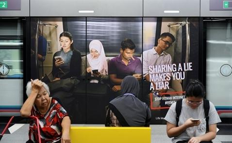 Malaysia ban luật 'định tội' tin giả