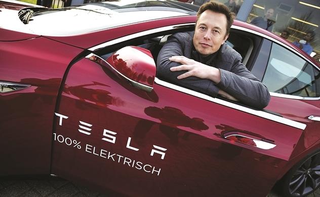 Tesla chật vật
