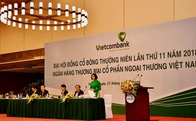 Vietcombank có thể thoái vốn khỏi Eximbank và MB trong quý II
