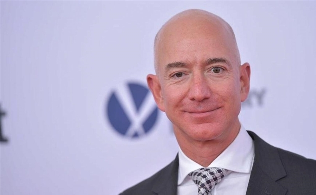 Khi tỷ phú Jeff Bezos tìm cảm giác tiêu... 1 USD