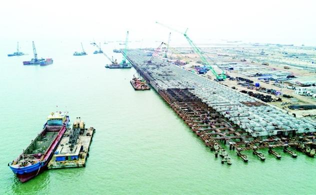 Cảng Lạch Huyện đón đầu làn sóng thương mại quốc tế