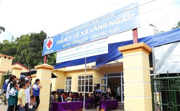 Ghi nhận nỗ lực vì cộng đồng của Hanwha Life Việt Nam