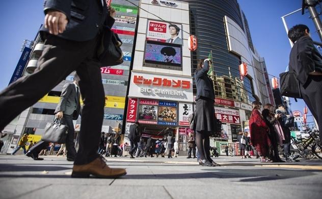 Trở thành tỷ phú nhờ bán hàng cho khách du lịch Trung Quốc
