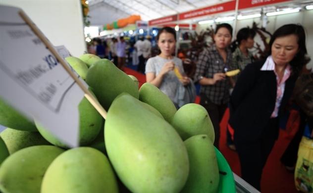 """Nông sản Việt Nam """"vượt khó"""" để xuất khẩu"""
