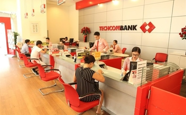 Giá cổ phiếu Techcombank giảm mạnh, khoét sâu vấn đề sở hữu