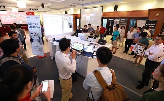 Canon Việt Nam chính thức tham gia thị trường máy chiếu