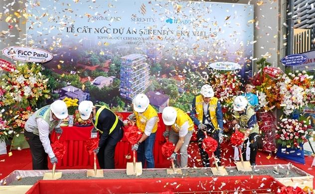 SonKim Land cất nóc dự án biệt thự trên không Serenity Sky Villas