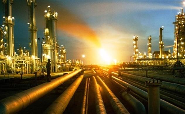 Giá dầu thế giới lập đỉnh
