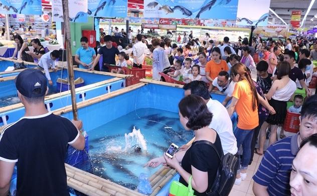 Lần đầu tiên tổ chức Tuần lễ cá Sông Đà