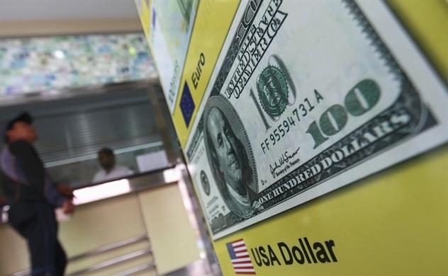 USD lợi thế trong chiến tranh thương mại