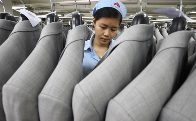 Dệt may thế giới chững lại, Việt Nam tăng mạnh