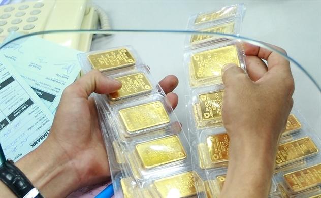 Giá vàng bất ngờ tăng đột biến