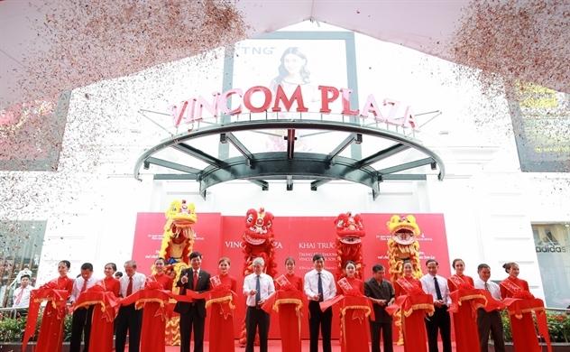 Vincom khai trương đồng loạt 3 trung tâm thương mại mới