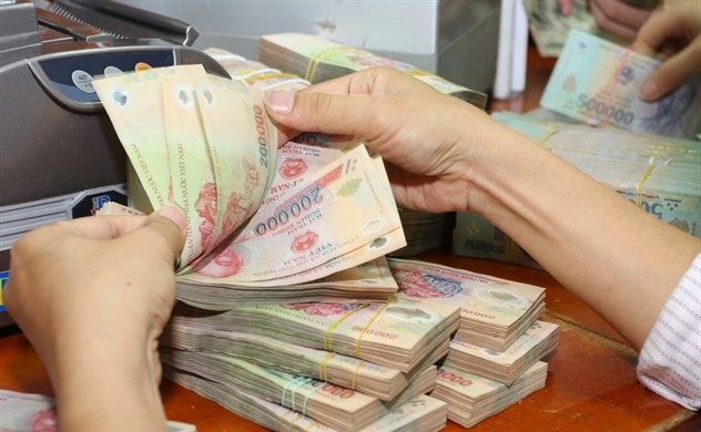 Hơn 90% người dân Việt Nam vẫn còn tiêu tiền mặt