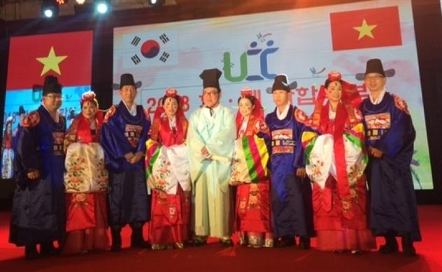 37 gia đình đa văn hóa Việt-Hàn giao lưu trực tuyến với người thân ở Việt Nam