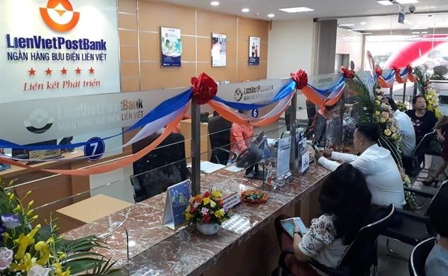 LienVietPostBank: Lợi nhuận tăng mạnh từ mảng dịch vụ