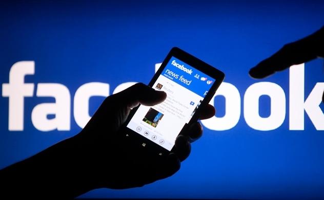 Facebook giảm gần một nửa lượng truy cập trong hai năm qua