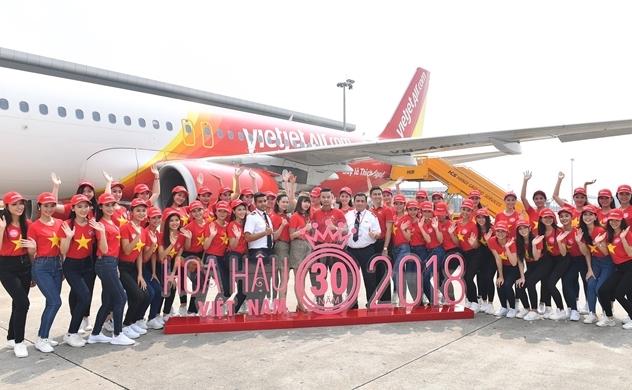 Bay Vietjet, top 43 Hoa hậu Việt Nam rực rỡ thu hút hàng triệu hành khách