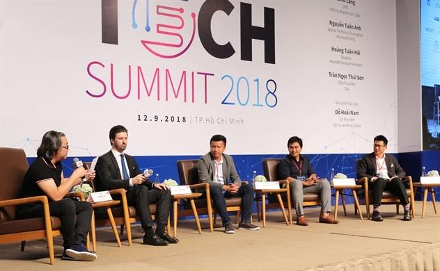 Startup Việt Nam khó khăn vì chảy máu nhân lực lập trình viên