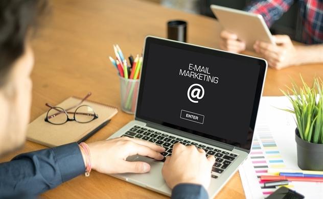 Tiếp thị email vẫn còn dư đất sống