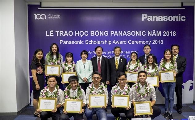 Panasonic vinh danh sinh viên Việt Nam ưu tú