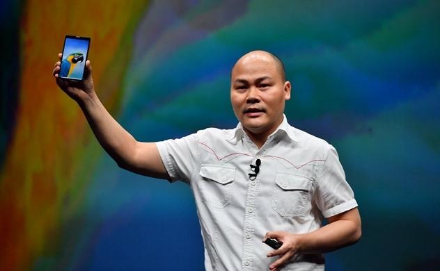 Bphone 3: Smartphone đầu tiên trên thế giới có thiết kế