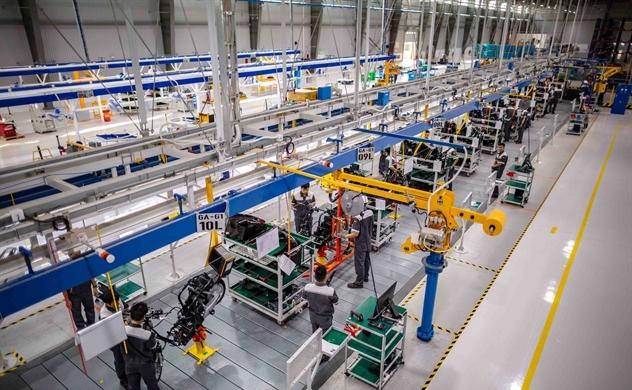 """""""Đột nhập"""" vào nhà máy xe hai bánh hiện đại nhất Đông Nam Á"""