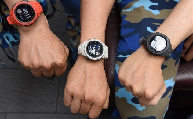 Garmin Instinct: Đồng hồ GPS tiêu chuẩn quân đội Hoa Kỳ