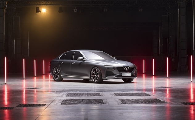 Vinfast đồng loạt ra mắt 3 dòng sản phẩm ô tô, xe máy điện
