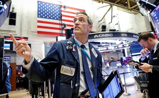 Năm 2019, nên đầu tư vào chứng khoán mới nổi hơn là Mỹ?