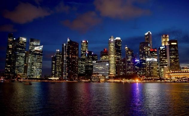Singapore đào tạo lại nhân lực ứng phó với 4.0
