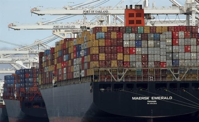 Thâm hụt thương mại của Mỹ cao kỷ lục trong 10 năm qua
