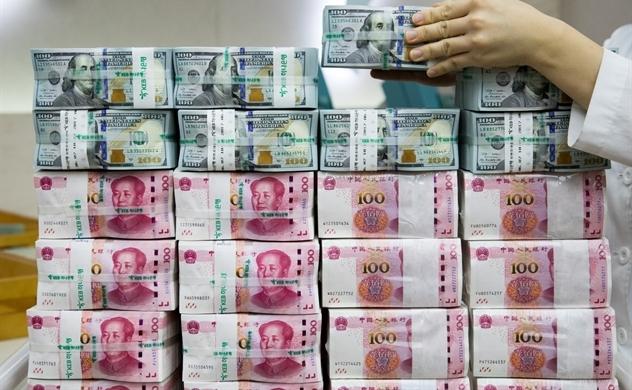 Trung Quốc khát USD để trả nợ nước ngoài?
