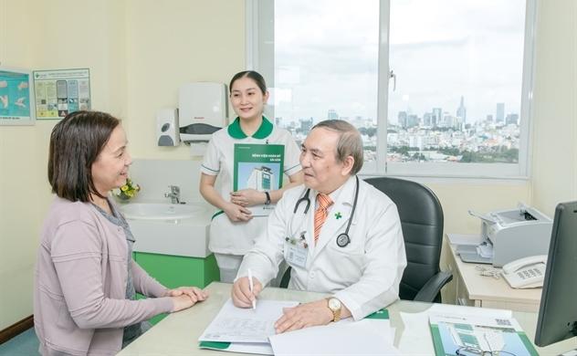 """""""Câu lạc bộ 4.0"""" điểm chất lượng bệnh viện và sự tận tâm chăm sóc cộng đồng của Tập đoàn Y khoa Hoàn Mỹ"""