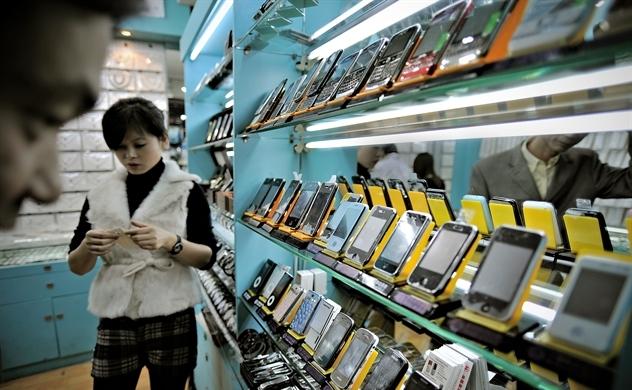 Trung Quốc tẩy chay, iPhone ế hàng