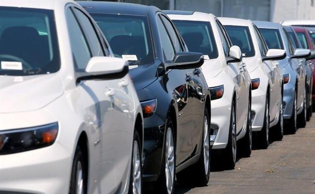 Thị trường ô tô cũ sôi động dịp giáp Tết